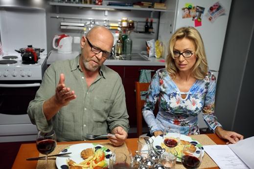 natá?ení - TV Barrandov - seriál - Ona a on - Marek Va¨ut - Kate?ina Bro¸ová - Praha - 25.8.2013