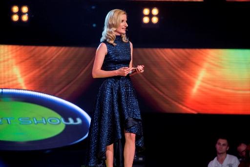 Moderátorka Adéla Banášová hudebního pořadu Chartshow