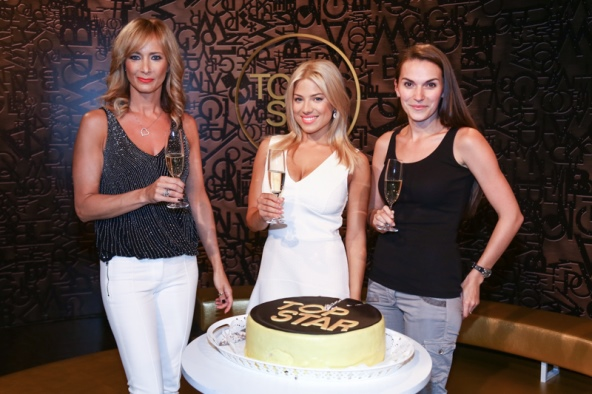 Zleva: Daniela Šinkorová, Eva Perkausová a Zuzana Brzáková, foto: TV Prima