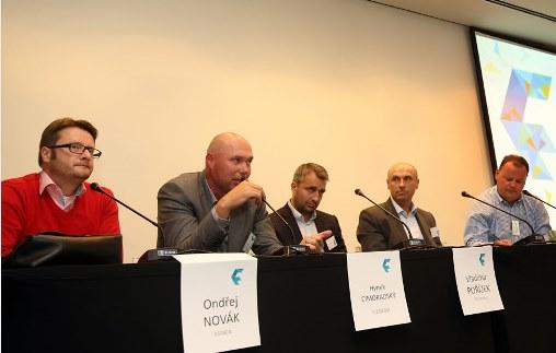 Zleva: Ondřej Novák, Hynek Cimoradský, Vladimír Pořízek, Jan Vlček, Petr Majerik, foto: Flema.