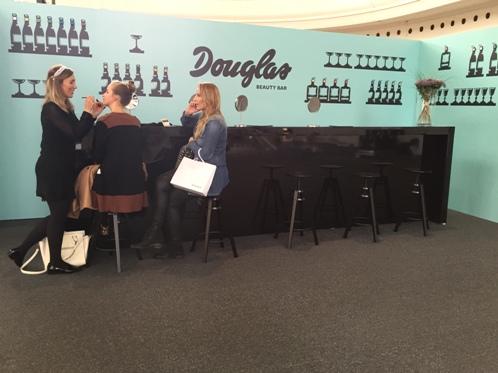Douglas Beauty Bar