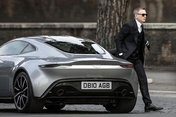 James Bond v obleku od Toma Forda