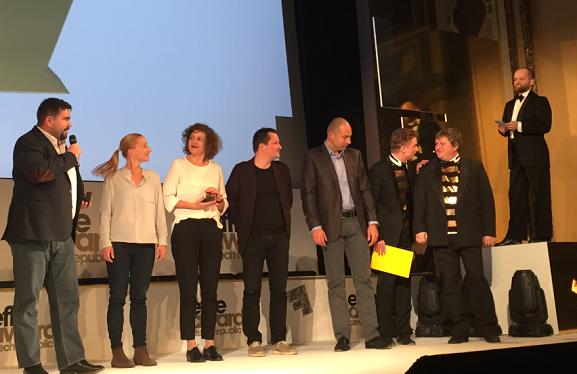 Zlatou cenu pro Air Bank vyhlásili její protagonisté Tomáš Měcháček a Tomáš Jeřábek.