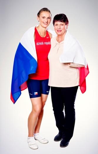 Barbora s maminkou