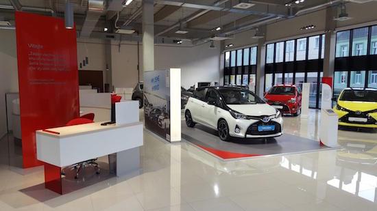 Toyota_Showroom