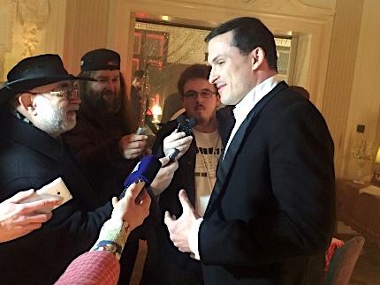 Ján Koleník odpovídá na dotazy novinářů, foto: MediaGuru.cz.